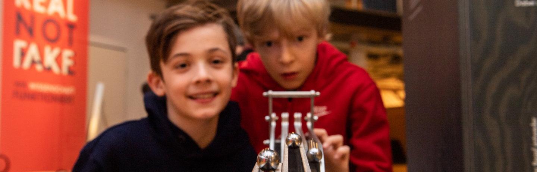 Real not Fake - Wie Wissenschaft funktioniert im Universum Bremen